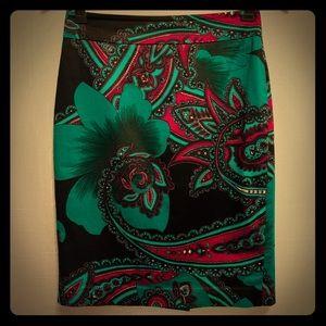 Ann Taylor green multi floral pencil skirt